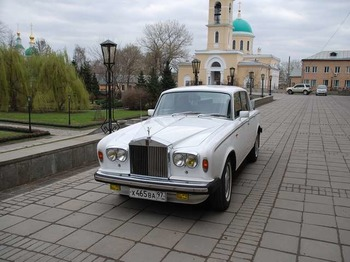 Аренда автомобиля Rolls-Royce Silver Shadow   с водителем 2