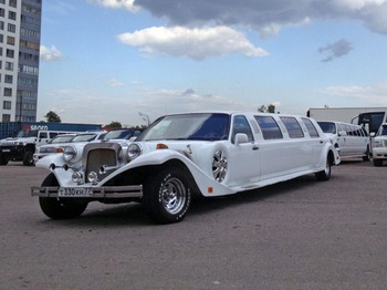 Аренда автомобиля Excalibur Phantom арт.010330 с водителем