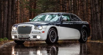 Аренда автомобиля Chrysler 300C  с водителем