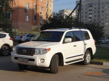 Аренда автомобиля Toyota Land Cruiser  с водителем