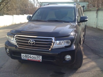 Аренда автомобиля Toyota Land Cruiser 200 с водителем 0
