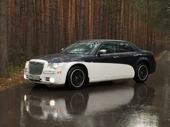 Аренда автомобиля Chrysler 300C  с водителем 4