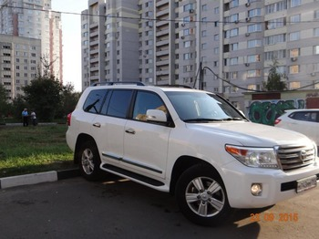Аренда автомобиля Toyota Land Cruiser  с водителем 1