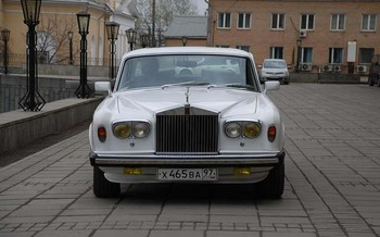 Аренда автомобиля Rolls-Royce Silver Shadow   с водителем 1