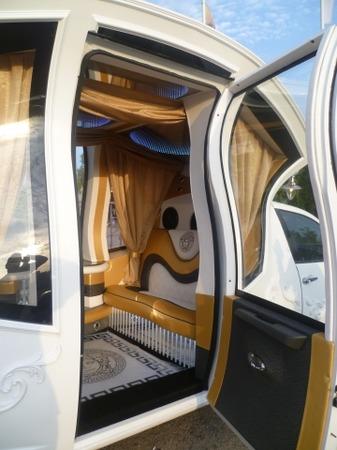 Аренда автомобиля Лимузин Chrysler (карета)  с водителем 3