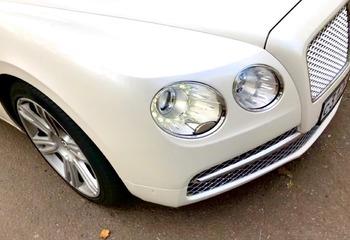 Аренда автомобиля Bentley Flying Spur с водителем 1