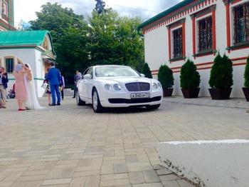 Аренда автомобиля Bentley Continental Flying Spur. с водителем 0