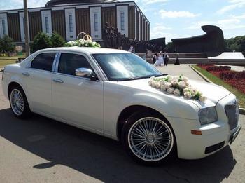 Аренда автомобиля Chrysler 300C  с водителем 3