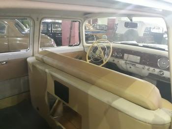 Аренда автомобиля Чайка (ГАЗ-13) белая  с водителем 0