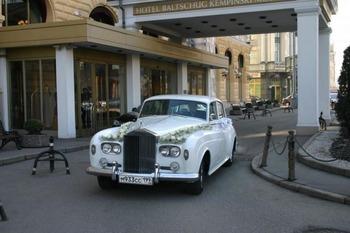 Аренда автомобиля Rolls-Royce Silver Cloud III  с водителем 1