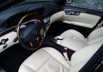 Аренда автомобиля Mercedes  S-class (W221)  с водителем 4