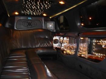Аренда автомобиля Lincoln Town Car черный  с водителем 1
