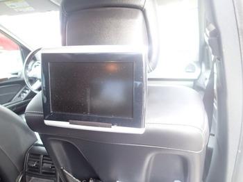 Аренда автомобиля Мерседес GL (белый) с водителем 5