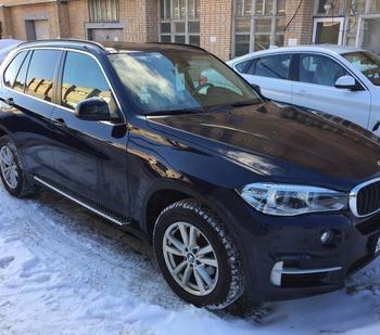 Аренда автомобиля BMW X5 с водителем