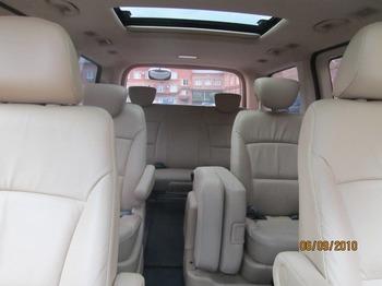 Аренда автомобиля Hyundai Grand Starex [180] с водителем 1