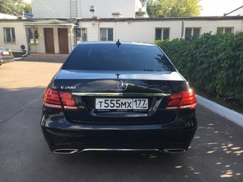 Аренда автомобиля Mercedes E212  с водителем 2