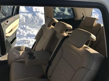 Аренда автомобиля Мерседес GLS с водителем 0