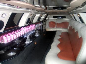 Аренда автомобиля Лимузин Lincoln Town Car Giper  с водителем 0