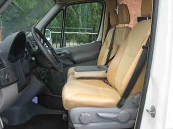 Аренда автомобиля Volkswagen Crafter с водителем 1