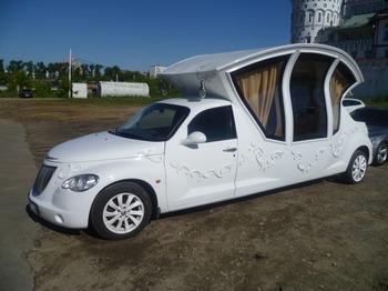 Аренда автомобиля Лимузин Chrysler (карета)  с водителем 0