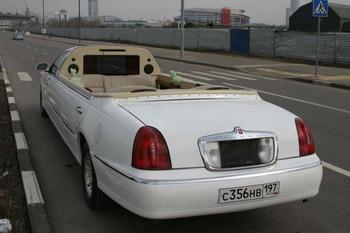 Аренда автомобиля Лимузин Lincoln Town Car  с водителем 6
