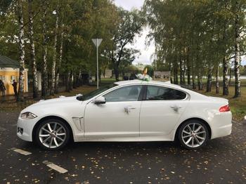 Аренда автомобиля Jaguar XF рестайлинг с водителем 0