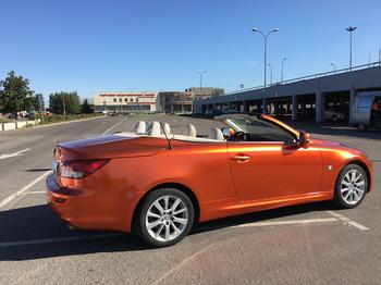 Аренда автомобиля Lexus IS 250C с водителем 1