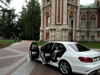 Аренда автомобиля Mercedes  Е 212  с водителем 0