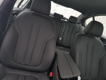 Аренда автомобиля BMW 520 с водителем 0