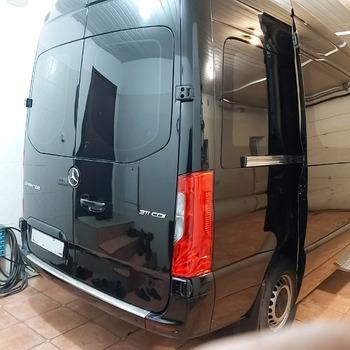 Аренда автомобиля Mercedes Sprinter VIP с водителем 3