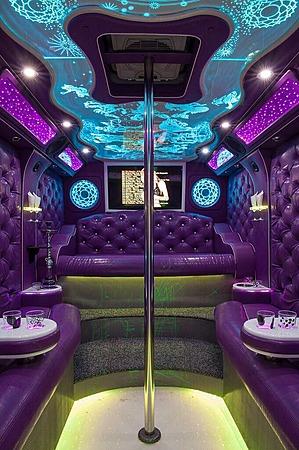 Аренда автомобиля Party Bus с водителем 5