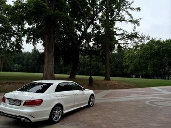 Аренда автомобиля Mercedes  Е 212  с водителем 1