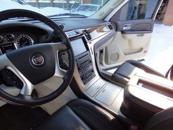 Аренда автомобиля Cadillac Escalade 3 с водителем 0