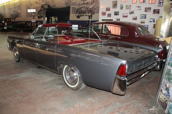 Аренда автомобиля Lincoln Continental  с водителем 1
