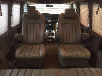 Аренда автомобиля Chevrolet Express с водителем 3