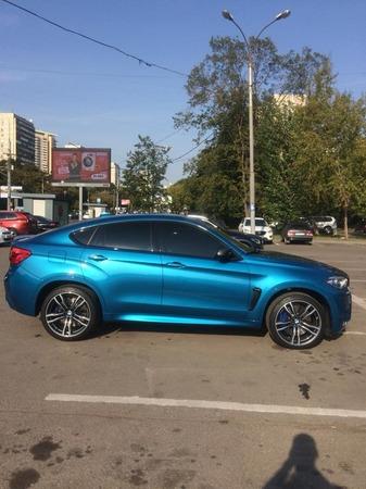 Аренда автомобиля BMW X6 с водителем 1