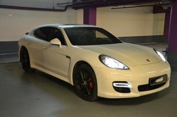 Аренда автомобиля Porsche Panamera  с водителем 0
