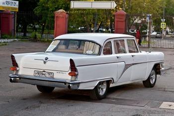 Аренда автомобиля Чайка (ГАЗ-13) белая  с водителем 7