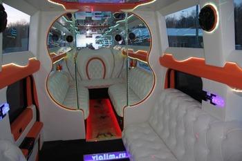 Аренда автомобиля Mega Hummer H2  с водителем 1