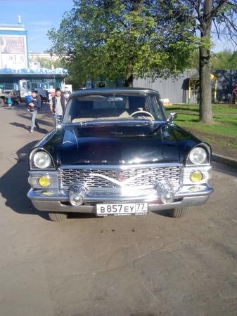 Аренда автомобиля Чайка Газ-13  с водителем 1