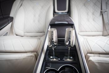 Аренда автомобиля Maybach S222  с водителем 3