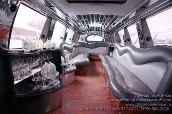 Аренда автомобиля Ford Excursion  с водителем 7