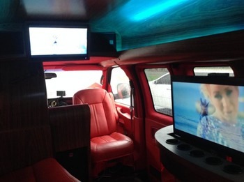 Аренда автомобиля GMC Savana (караоке-мобиль) с водителем 0