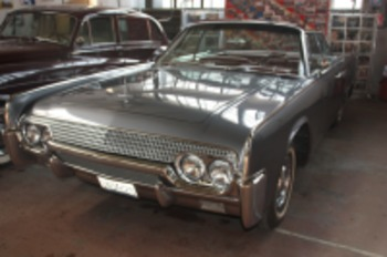 Аренда автомобиля Lincoln Continental  с водителем 2