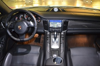 Аренда автомобиля Porsche Panamera  с водителем 2