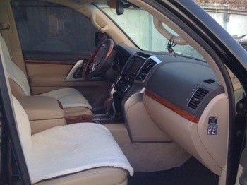 Аренда автомобиля Toyota Land Cruiser 200 с водителем 2