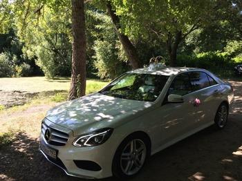 Аренда автомобиля Mercedes  Е 212  с водителем