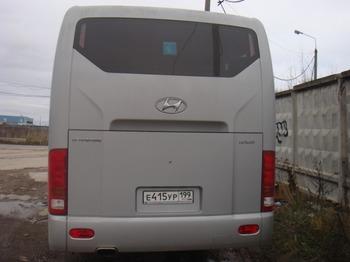 Аренда автомобиля Hyundai Universe с водителем 0