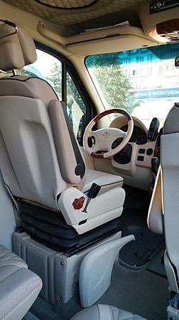 Аренда автомобиля Mercedes Sprinter ВИП  с водителем 5