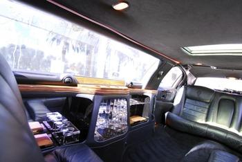Аренда автомобиля Excalibur Phantom  с водителем 0